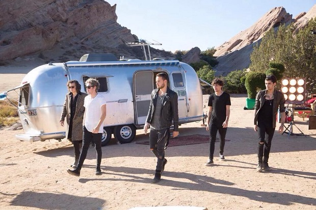 one-direction-steal-my-girl-video-9