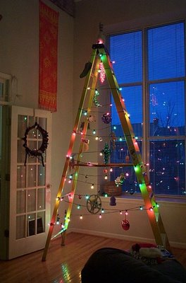 simplest-ever-christmas-tree-absolutely-fun-and-adorable-creative-decor-holiday-árvores-criativas
