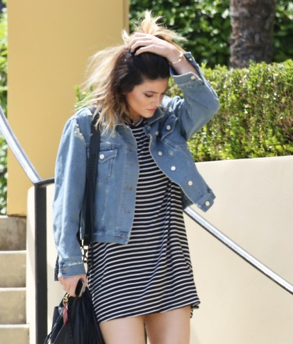 Kylie Jenner showing off long legs after lunch