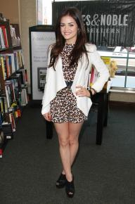 """Lucy Hale Signs Copies Of Her """"Seventeen"""" Magazine Cover Issue"""