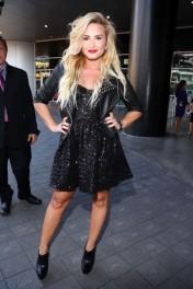 2012+MTV+Video+Music+Awards+Red+Carpet+MMBckd75VR3l